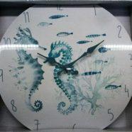 Orologio con cavallucci marini