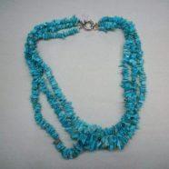 Collana tre fili cips turchese