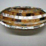 Vassoio ovale in madreperla e conchiglia misura cm. 9,5×18