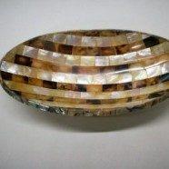 Vassoio ovale in madreperla e conchiglia misura cm. 11×21