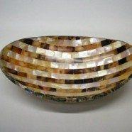 Vassoio ovale in madreperla e conchiglia misura cm. 14,5×24